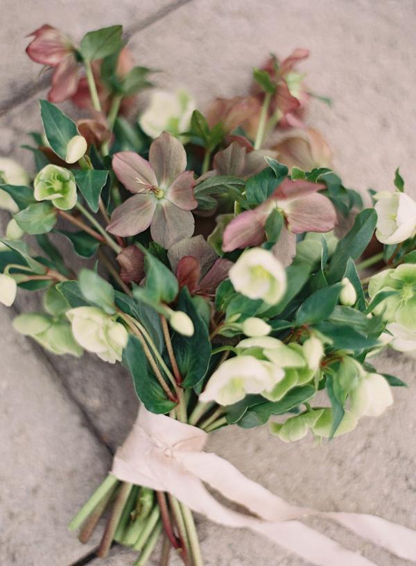a hellebore bouquet!
