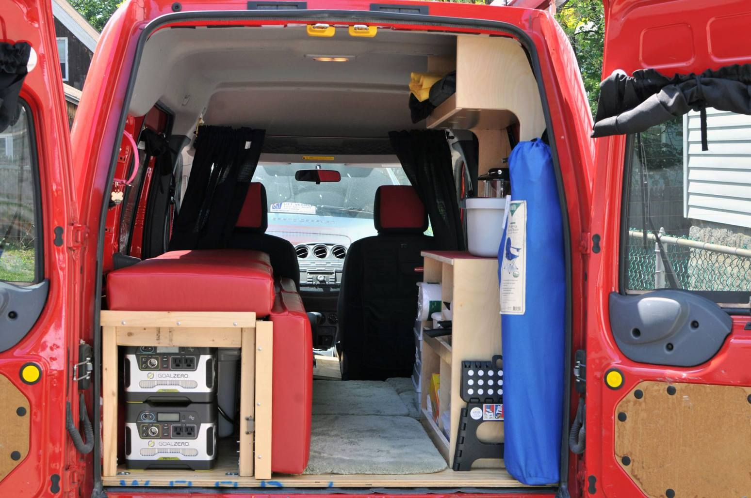 a new trail dog the 2010 ford transit connect van life. Black Bedroom Furniture Sets. Home Design Ideas