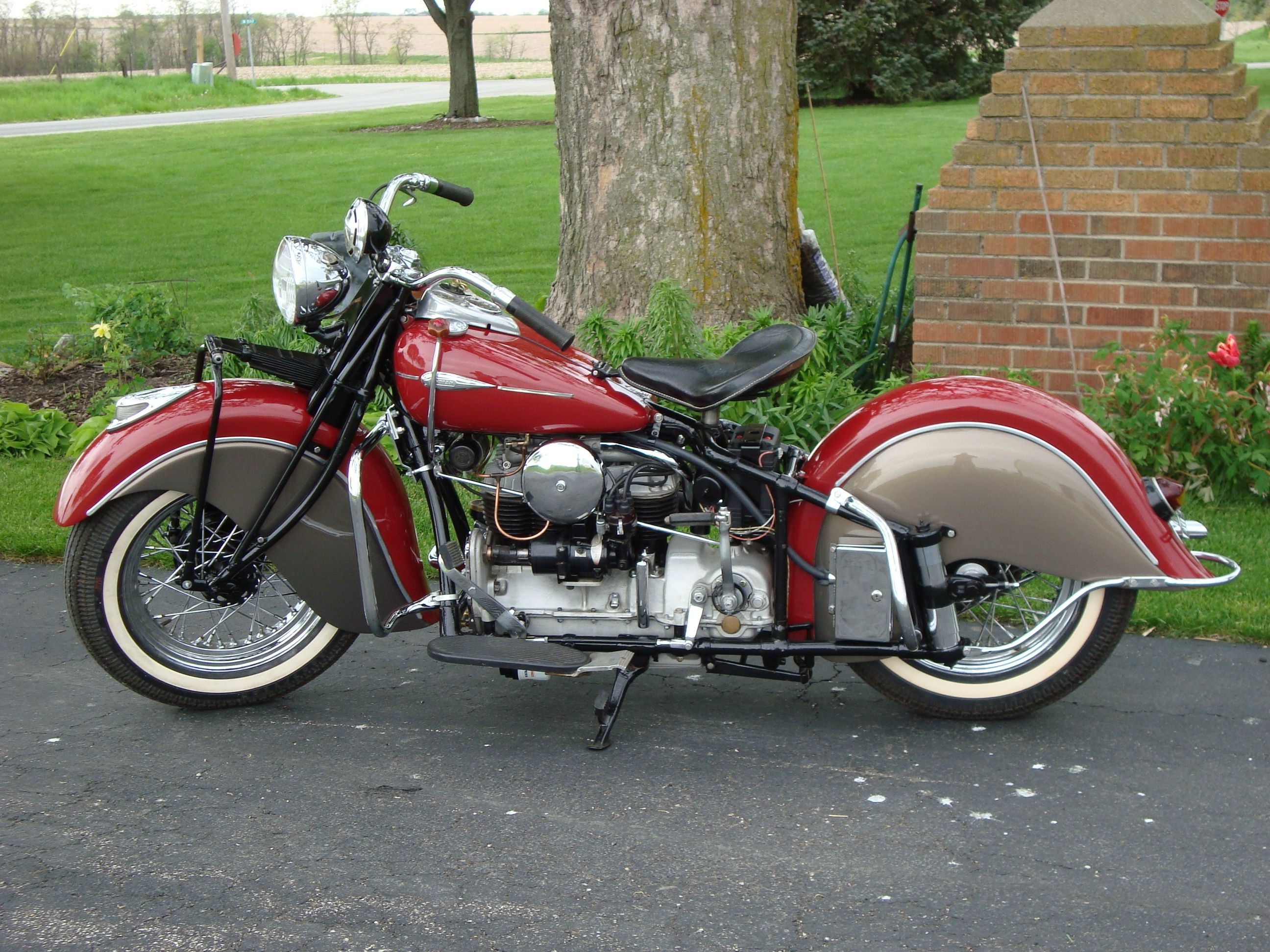 1941 Indian. My brother n law was rebuilding one in our