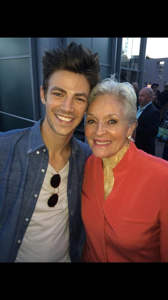 Lee meriwether on grant gustin and lee meriwether lee meriwether on twitter lee meriwetherto meet yougrant gustinrole m4hsunfo Image collections