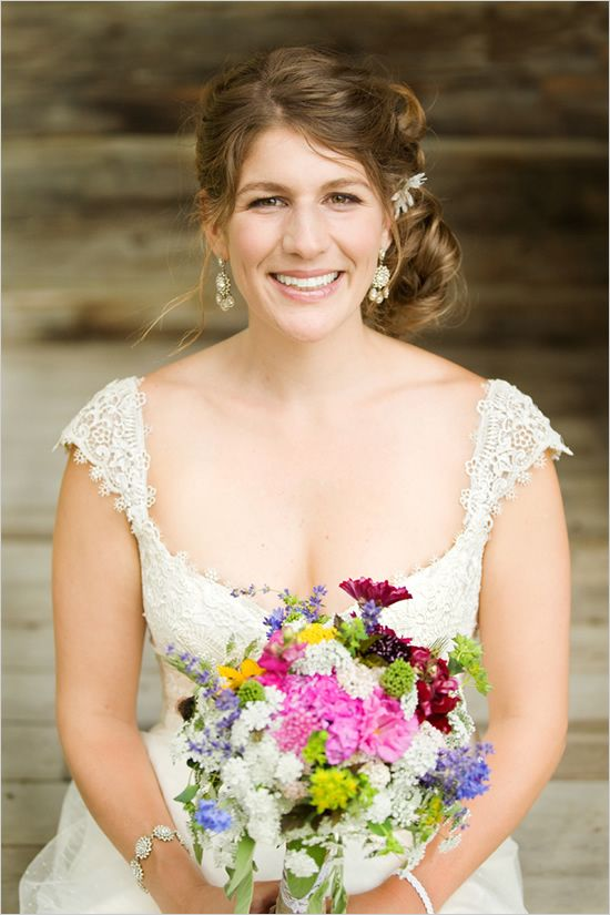 wildflower wedding boquet