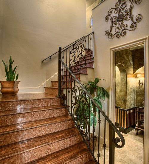 Beau Idea For Painting Vintage Metal Stair Railing   Like The Idea Of Iron Work  On The Landing