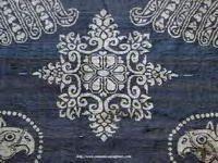 ORNAMENTAL MOTIVE IN BLUE CLOTH