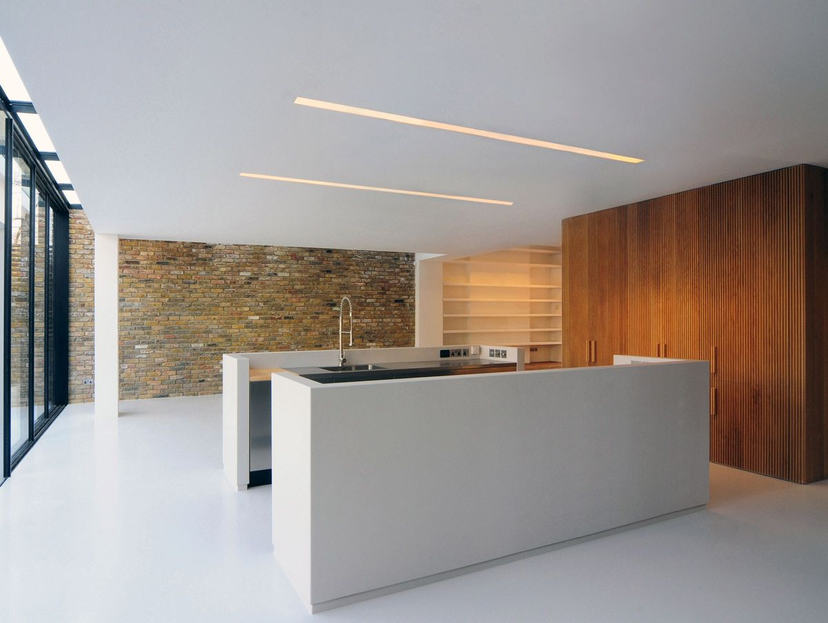 Minimalist kitchen modern home in london by bureau de change