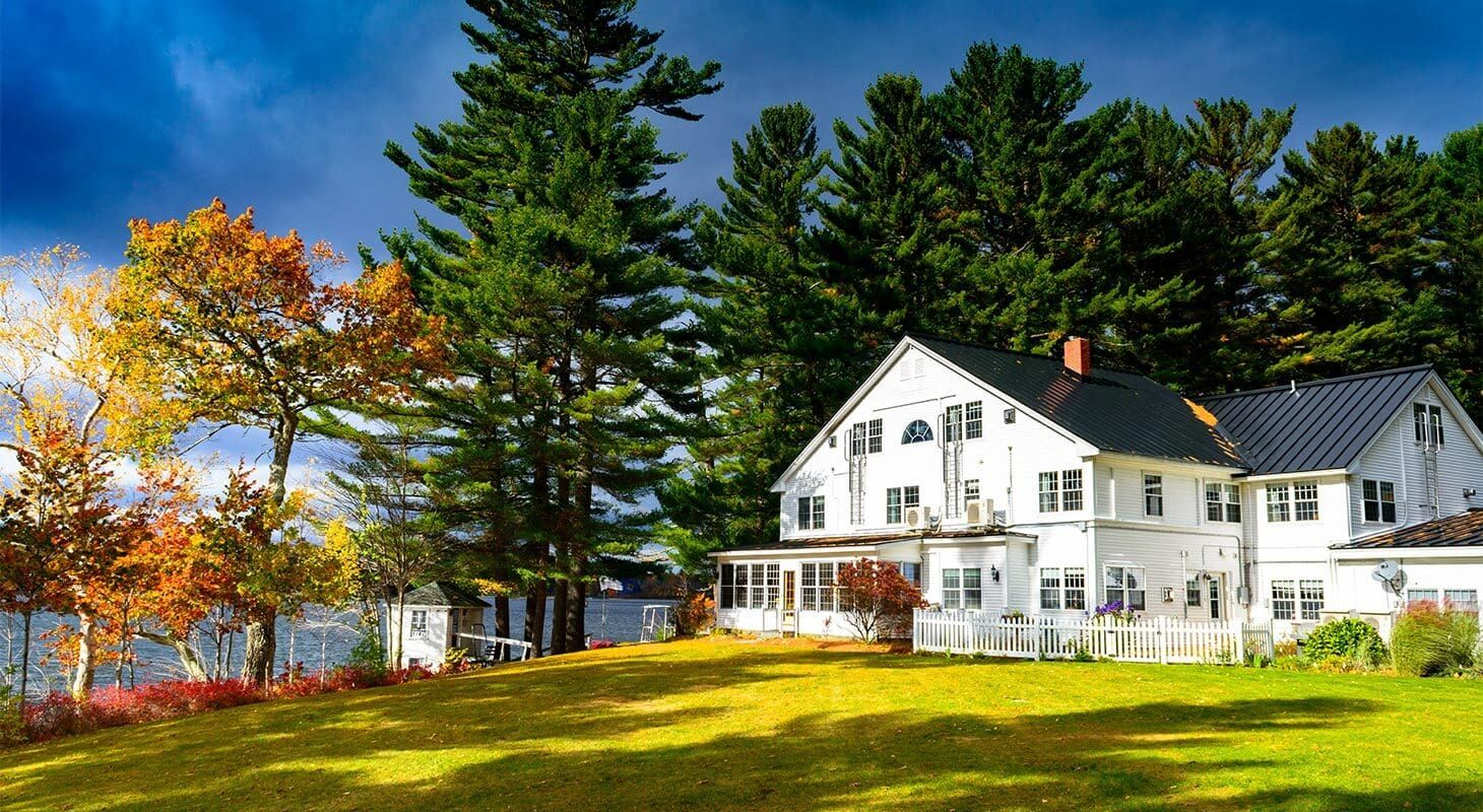 Your Perfect Maine Honeymoon Awaits In 2020 Bed And Breakfast Small Intimate Wedding Romantic Bed And Breakfast