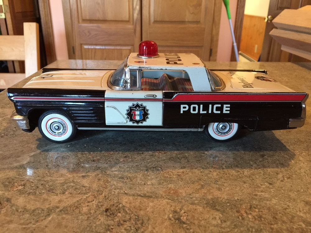 Antique Tin Toy Bandai 1960 Lincoln Continental Police Car