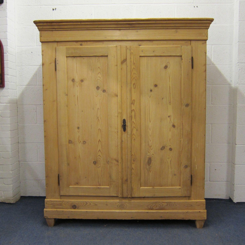 Large antique pine wardrobe (z9505d) — Pinefinders Antique Pine Furniture  Warehouse - Large Antique Pine Wardrobe (z9505d) — Pinefinders Antique Pine
