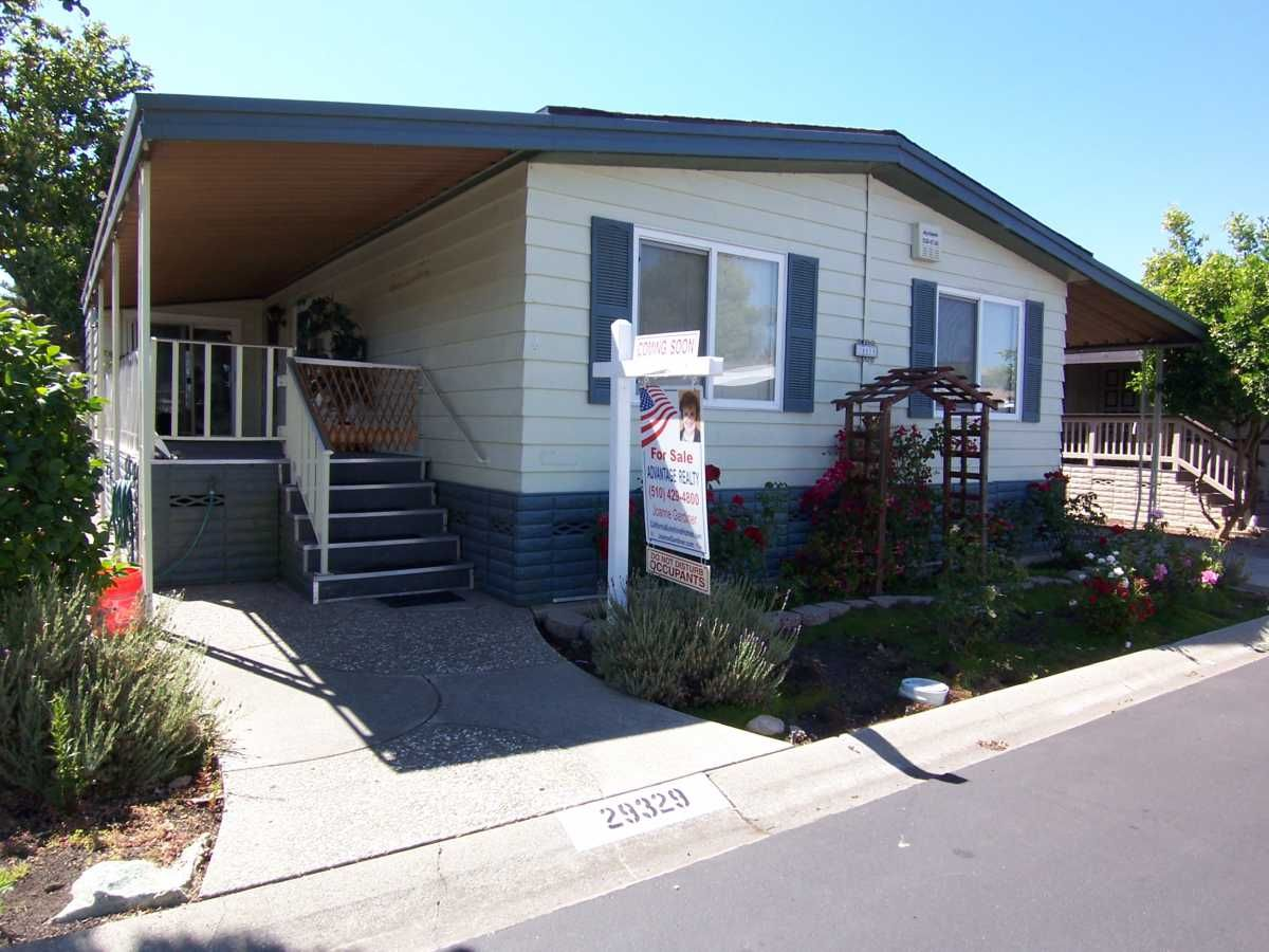 1978 Bendix Mobile Manufactured Home In Hayward CA Via MHVillage