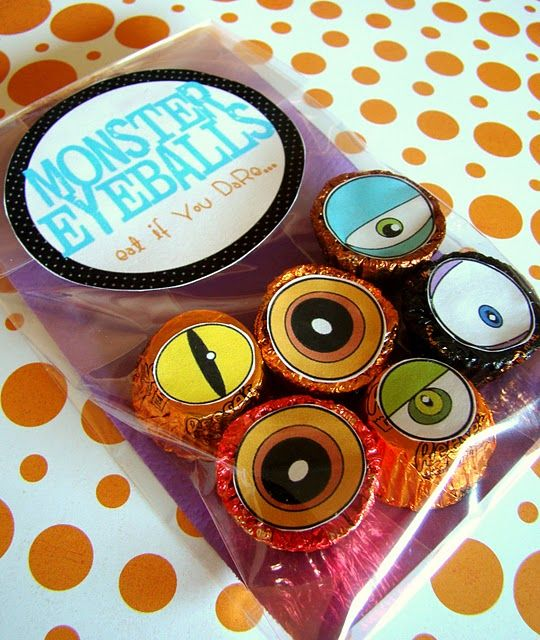 monster eyeball treats - free printable for Halloween party
