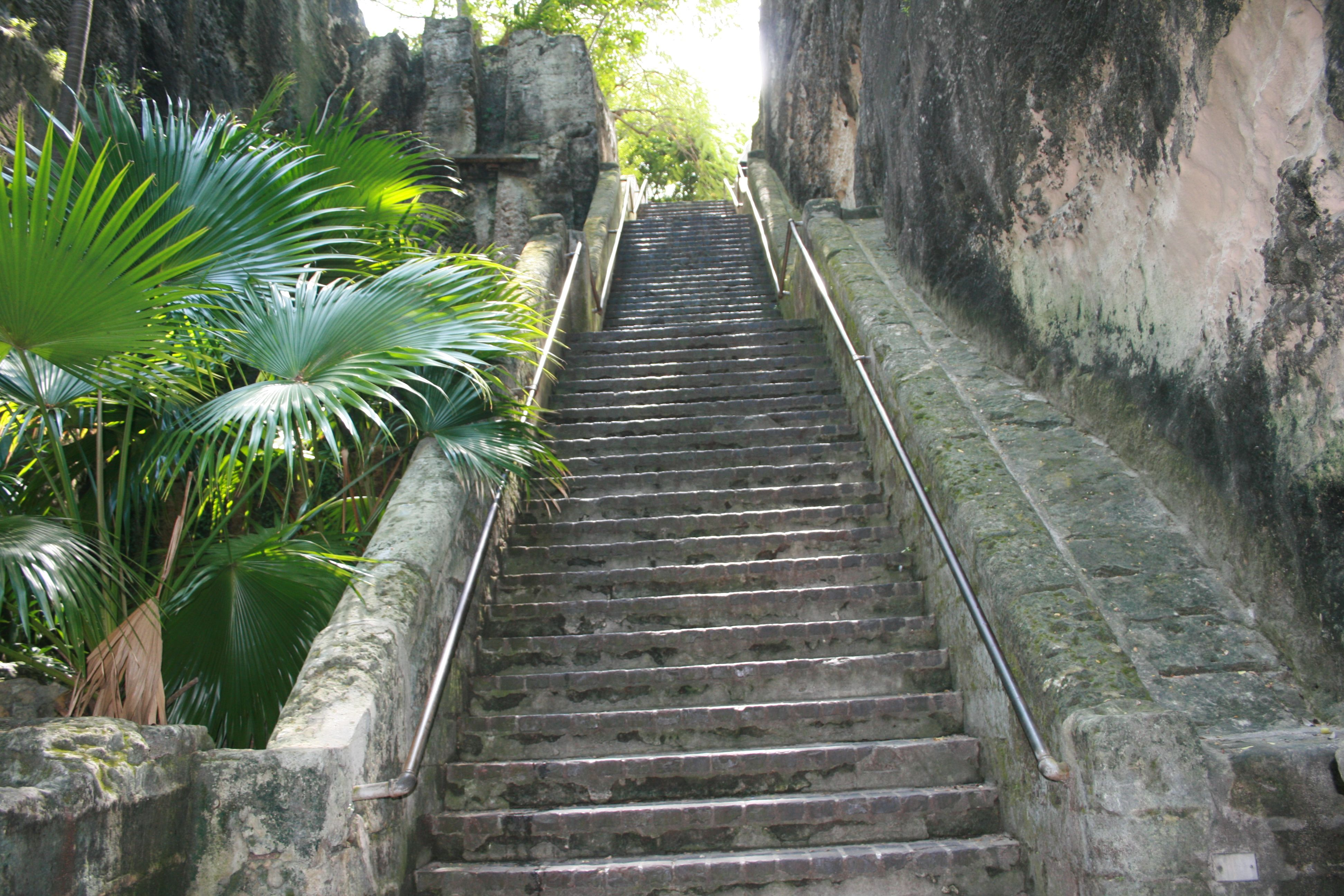Queen S Staircase Nassau Bahamas Places To See Bahamas Nassau