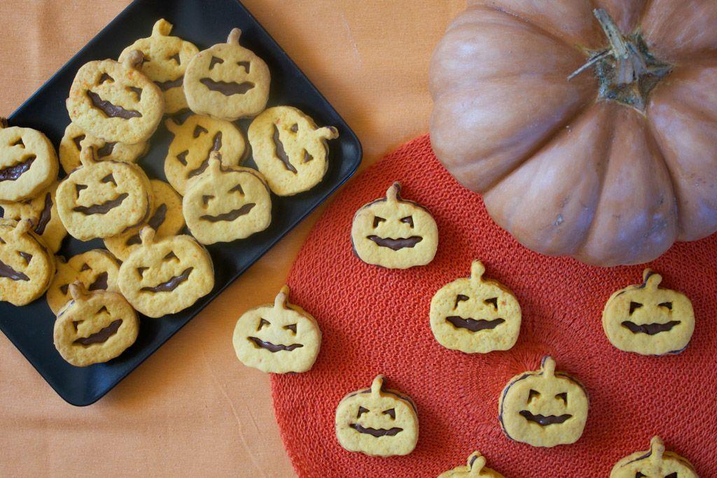 Ricetta di Halloween biscotti a forma di zucca Ricette