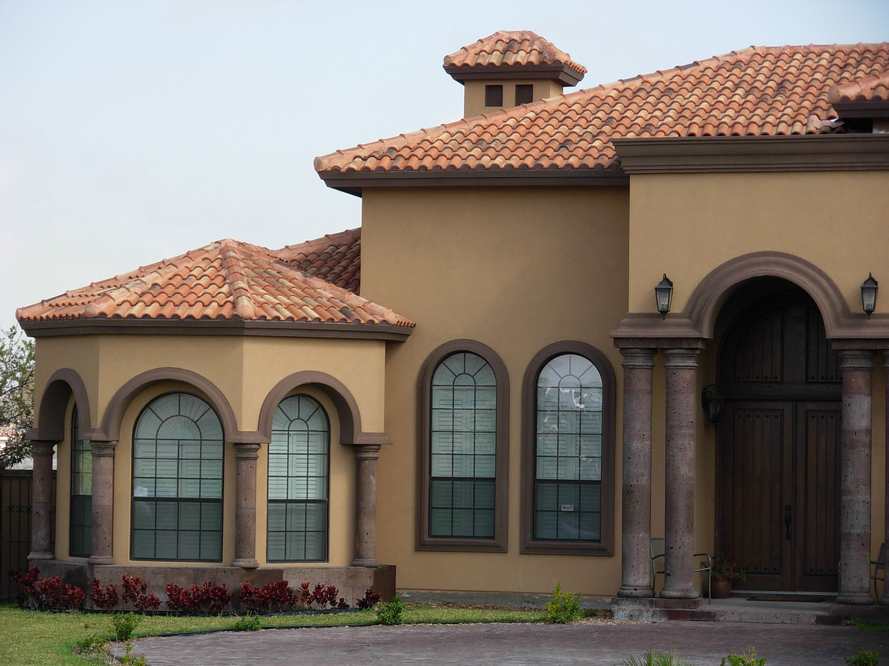 Spanish Bentsen Lake Roof Tile House Exterior Modern Roofing Roof Architecture