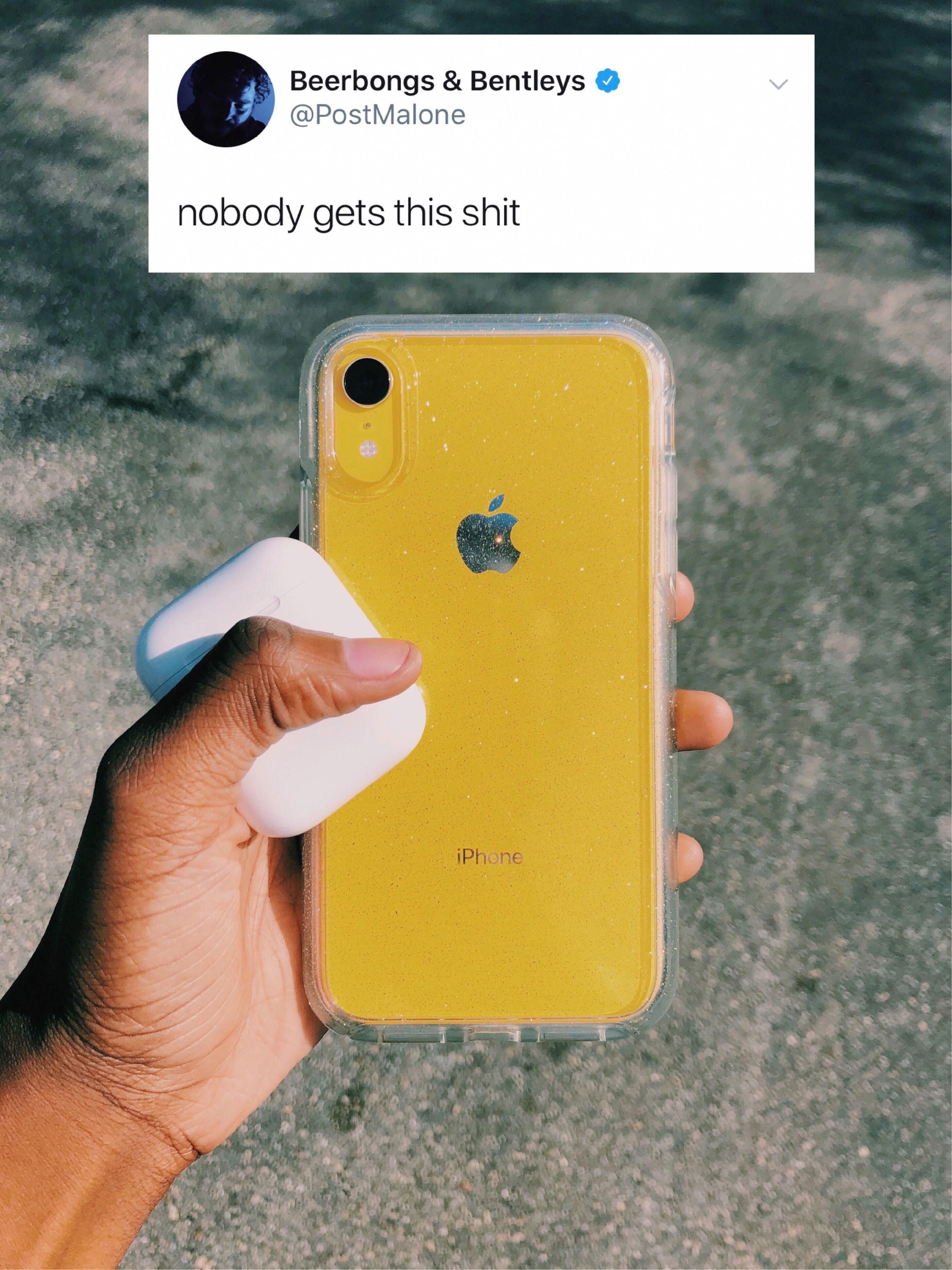 Yellow, Iphone XR, airpods, sparkly case iPhoneXSMax
