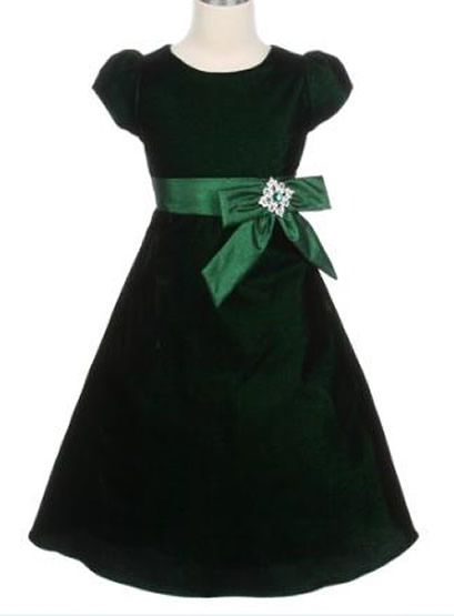 worried there this will make too much green but is a beautiful dress