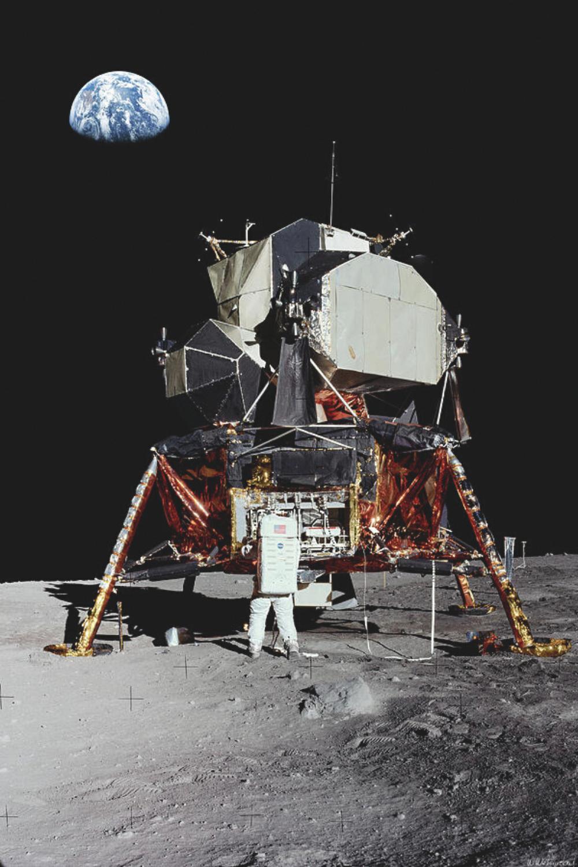 b3afdce3fc1740afee13ee3494d383db - How Long To Get To The Moon Apollo 11