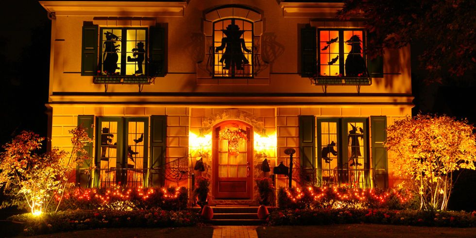 14 Elegant Halloween Decorations That Are So Chic It\u0027s Scary - neighborhood halloween party ideas