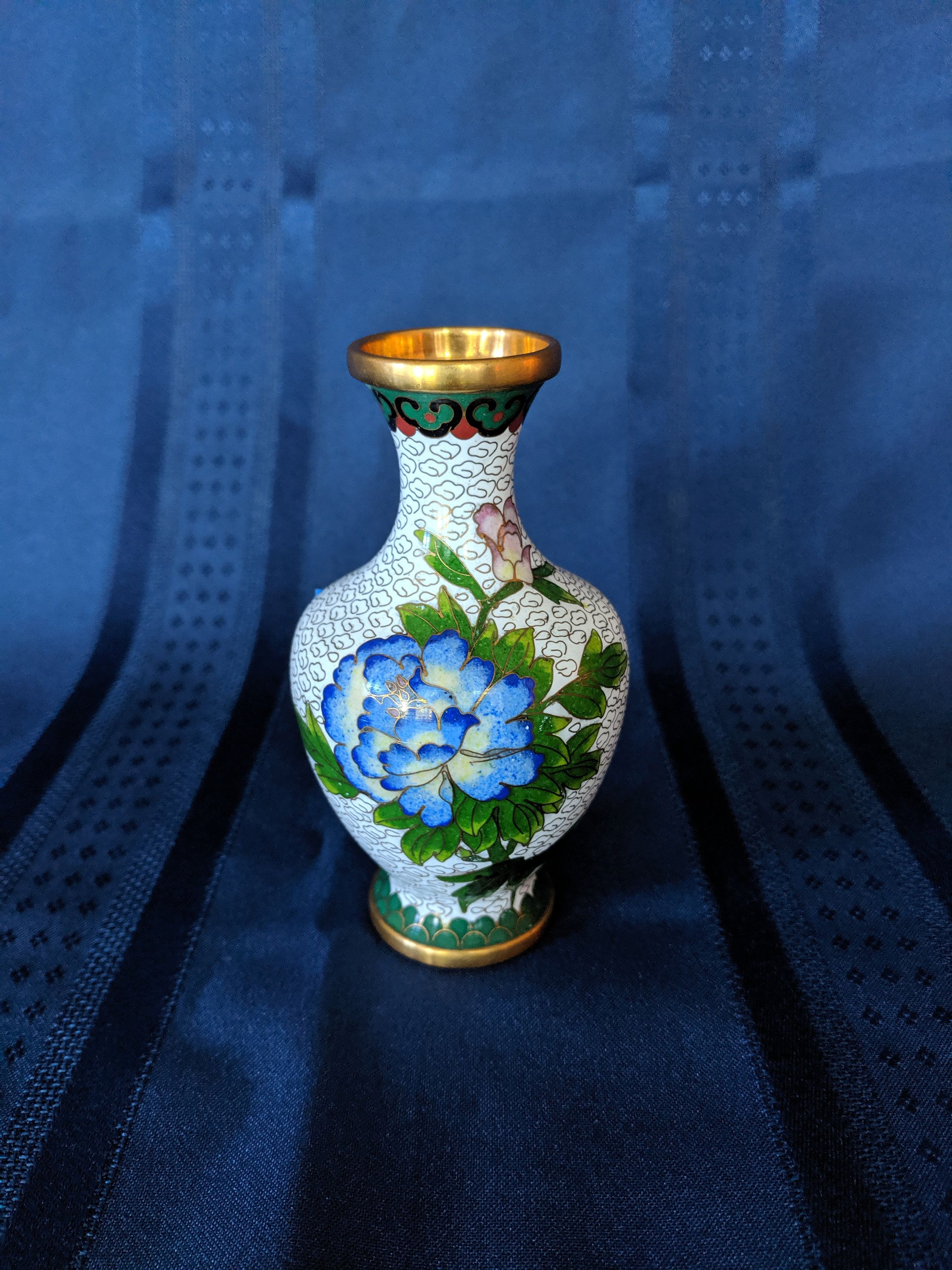 Items similar to Chinese Cloisonne Small Vase 5 Inch Enamel Blue Flowers, Blue Peony Flowers on Vase, Vintage Chinese Vase, Vintage, Collectible, Gift on Etsy #bluepeonies