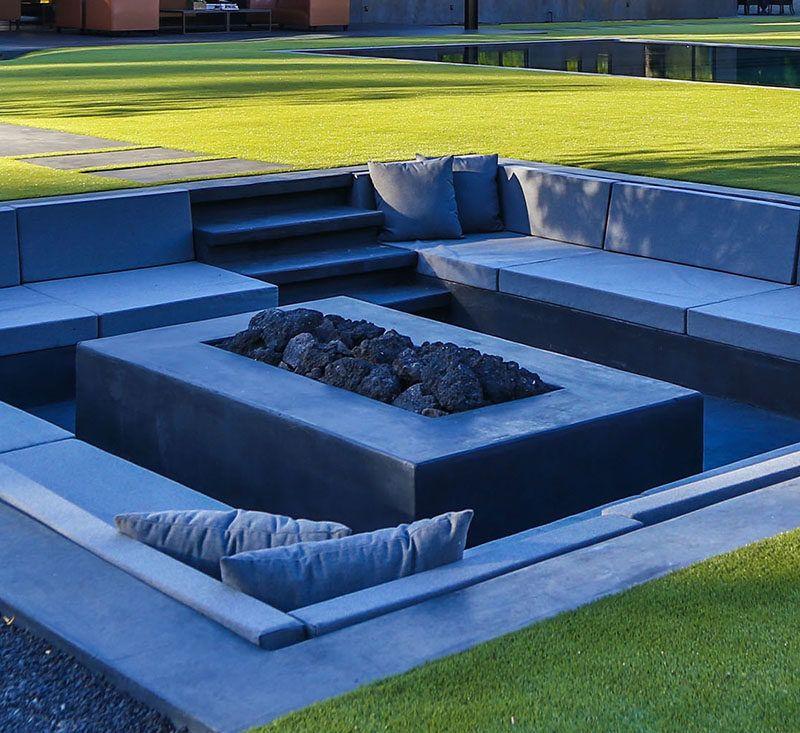 Modern Backyards: Create A Sunken Fire Pit For