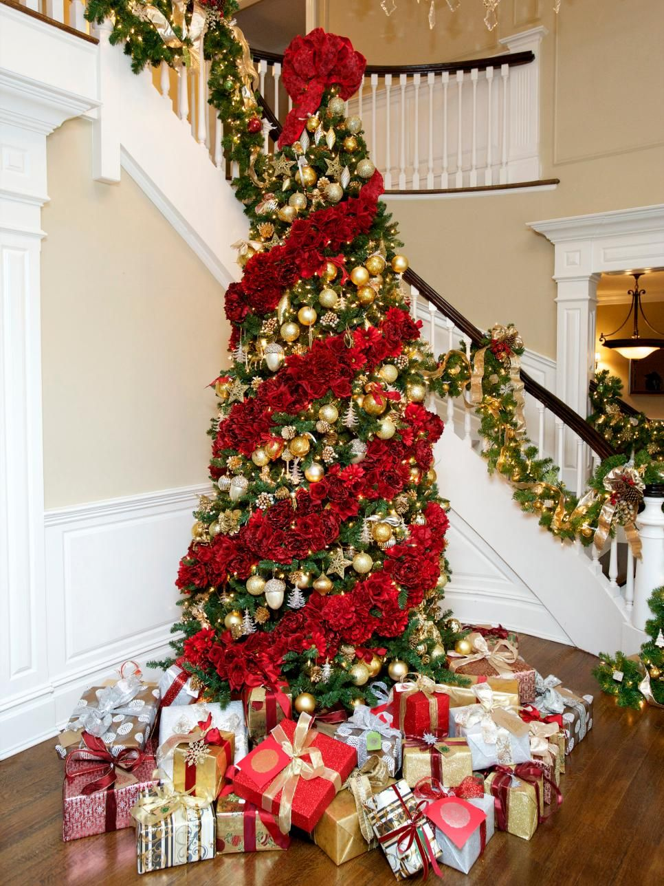 65 Beautiful Christmas Tree Decorating Ideas