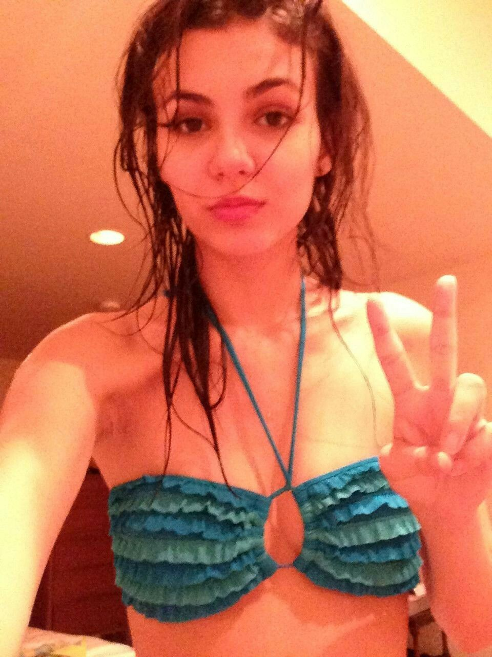 Fappening Victoria Justice nude (88 photos), Sexy, Hot, Twitter, braless 2020