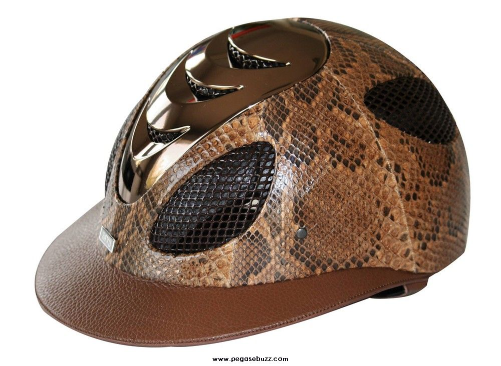 www.pegasebuzz.com | Equestrian Fashion : casque MY8 horse equipment and accessories python.