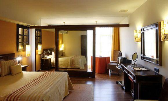 La Rectoral Antigua Casa Parroquial Asturiana Reformada Para Crear 18 Habitaciones De Estilo Rústico Pero Con Taramundi Habitaciones De Estilo Rústico Hotel