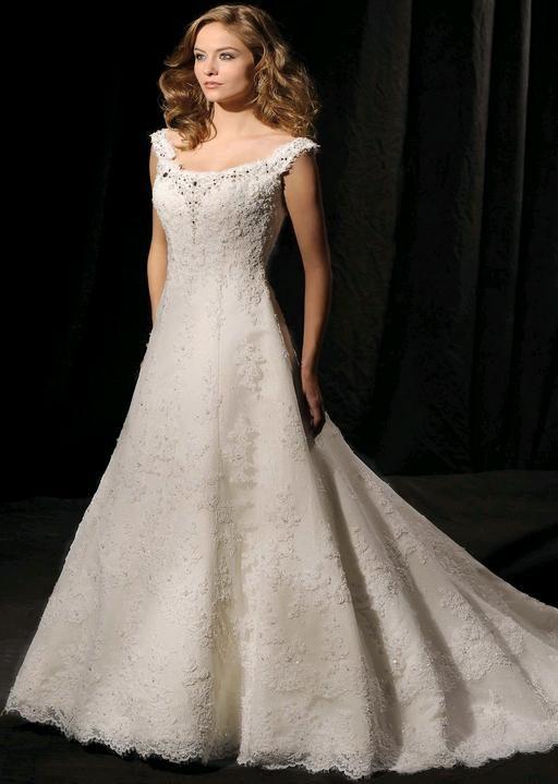 80631588c1edf Abiti sposa 2014 stile Redingote