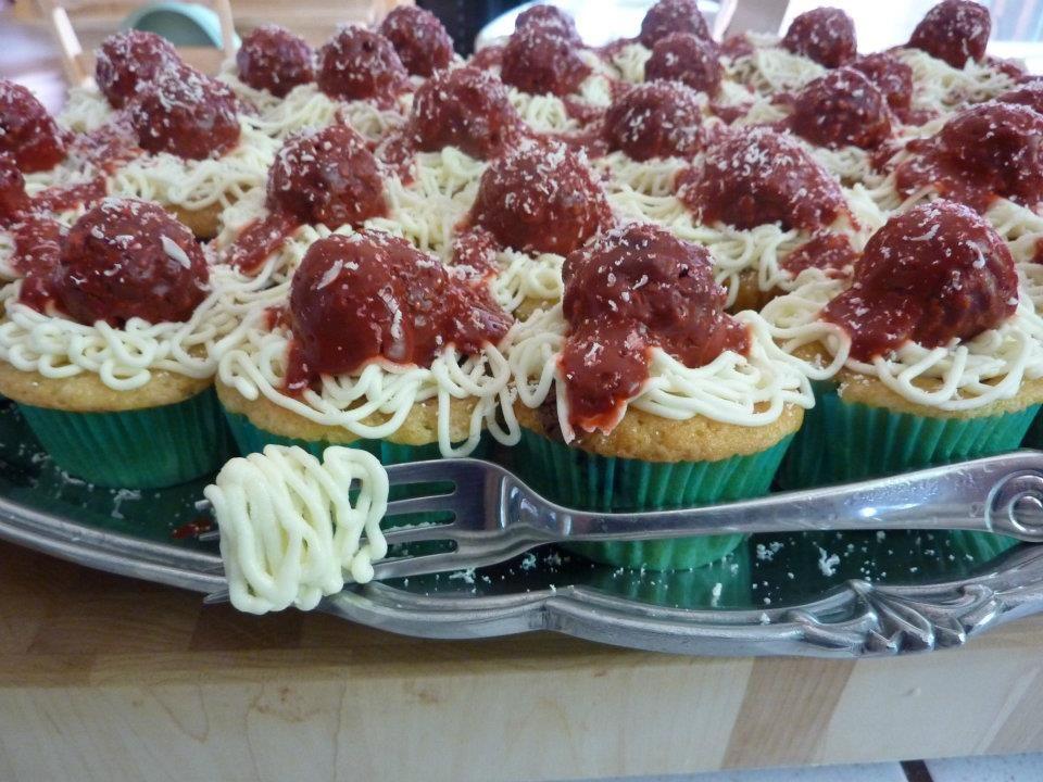 Spaghetti and meatballs... CUPCAKES!