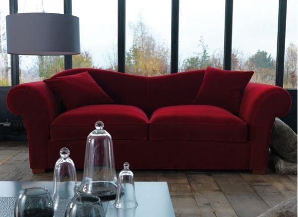 Lallure Baroque De Ce Canapé Associe Confort Et Qualité Dexception - Formation decorateur interieur avec canapé de qualité