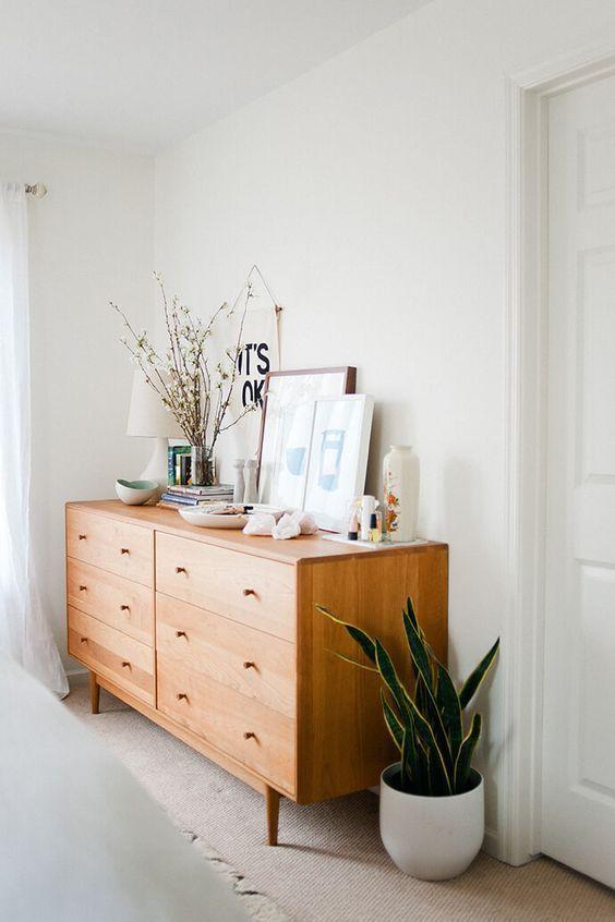 Réduire Le Stress Visuel Dans La Maison | Decoration, Home Deco, Minimalist,  Minimalism | Les Enfilades Scandinaves | Pinterest | Schlafzimmer,  Einrichtung ...