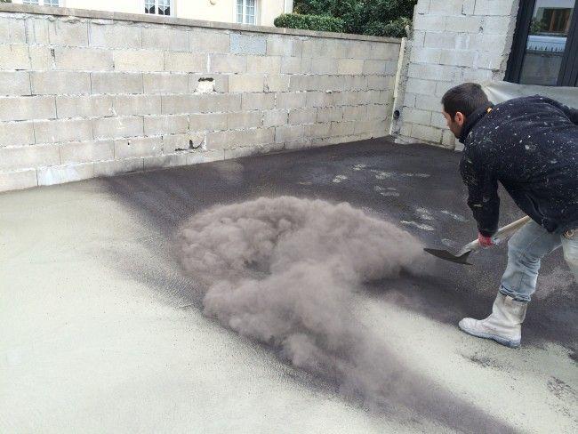 Béton décoratif finition balayée u2022 Préparation du support u2022 Pose d - pose dalle terrasse sur beton