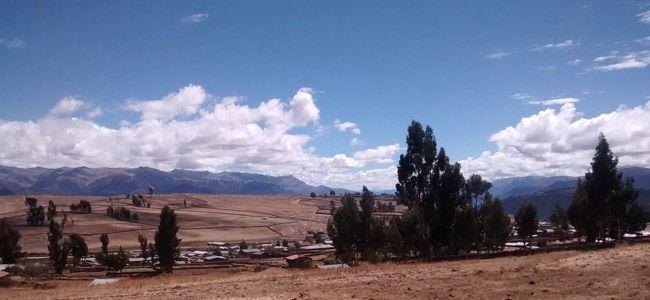 Querobamba: Está ubicado en la Provincia de Sucre, Departamento de Ayacucho