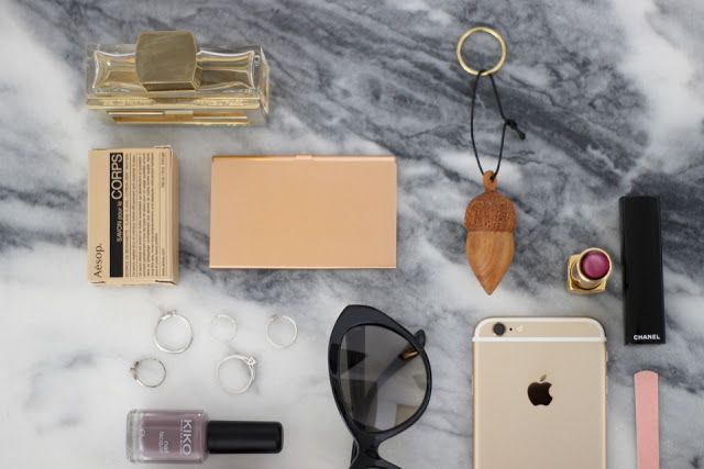 dois igual a três: Hello Monday!  #marble #morning #essentials #chanel #rosegold #grey #home #decor