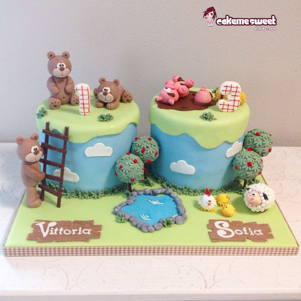 Teddy and farm birthday kids cake by Cakemesweet di Naike Lanza Www.cakemesweet.com