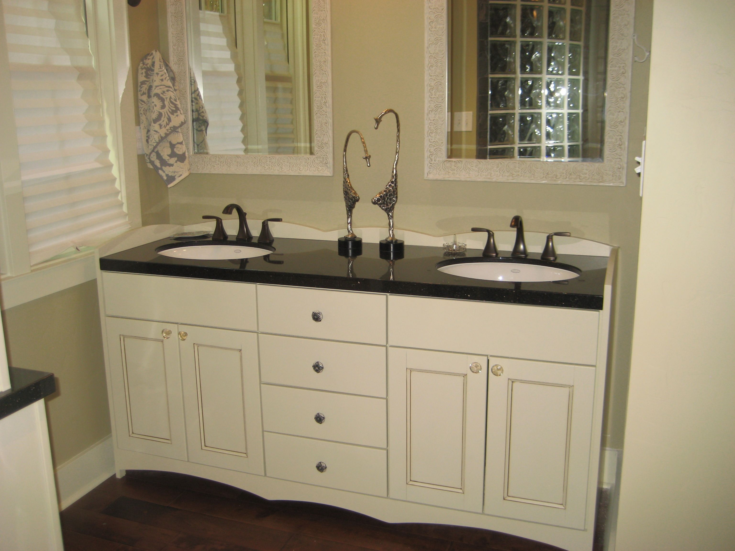 White Mirrored Bathroom Cabinets White Bathroom Vanities With Tops