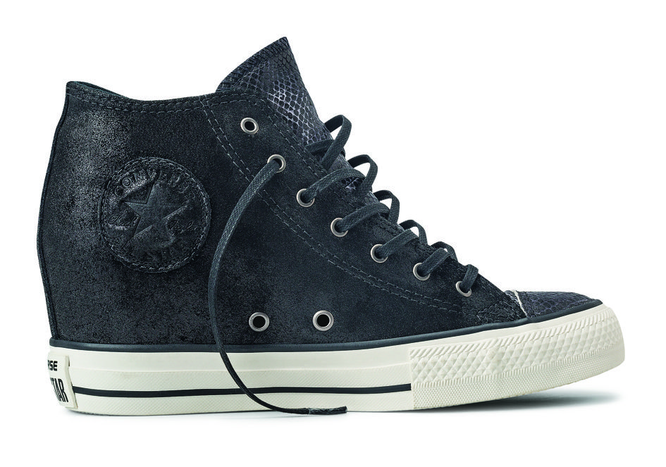CHUCK TAYLOR ALL STAR LUX MID
