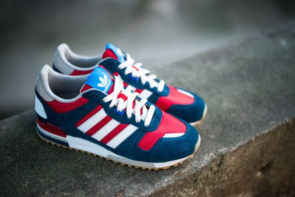 adidas Originals ZX700 NavyRed   Schoenen, Sneaker