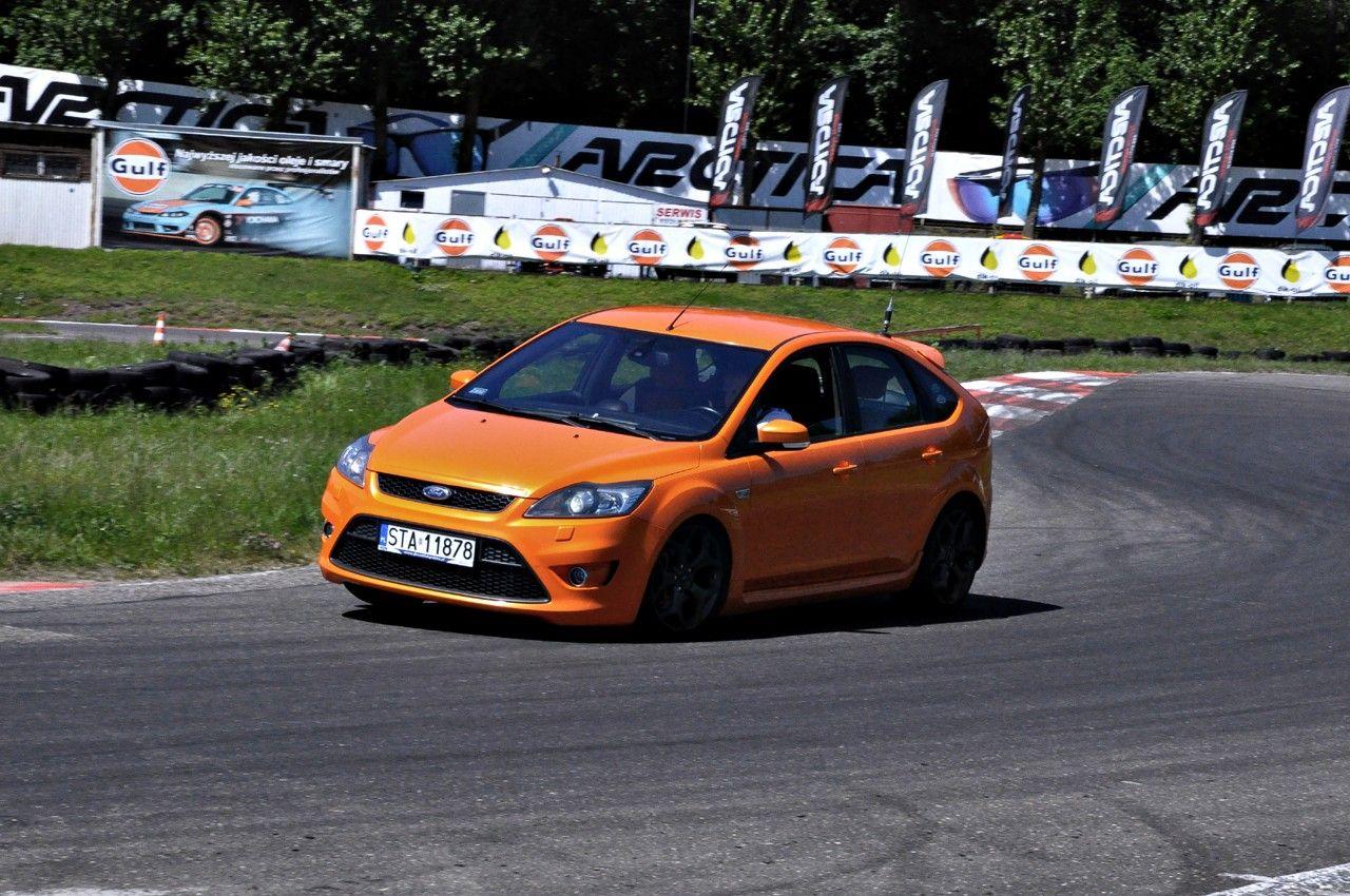 electric orange on the track ford focus st mk2. Black Bedroom Furniture Sets. Home Design Ideas