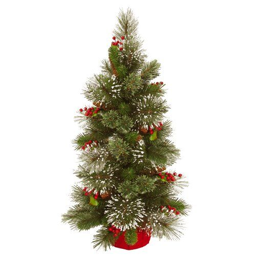 Norfolk Leisure Celebrate Christmas in style without worrying about needles falling off with this artificial tree. Made from PVC, it features hinged branches for quick and easy setup.