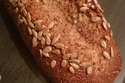 Low-Carb Brot mit Sonnenblumenkernen, ein sehr schönes Rezept aus der Kategorie Backen. Bewertungen: 200. Durchschnitt: Ø 4,7.