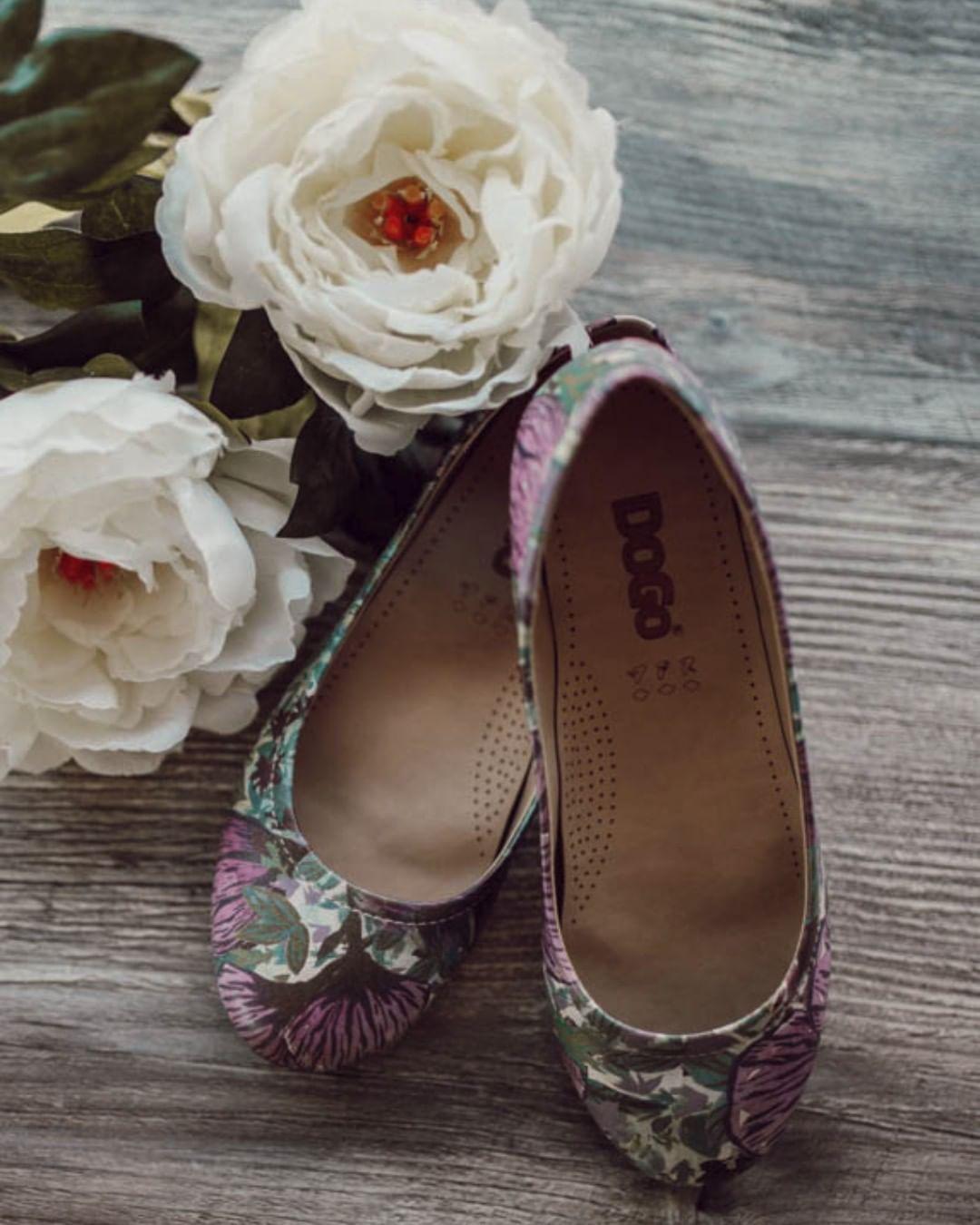2966 Best damenschuhe images | Shoes, Fashion, Gold heels