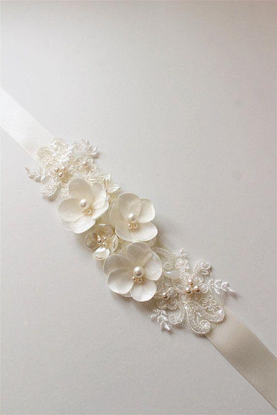 Ivory Bridal belt Bridal sash Wedding dress belt sash Floral Pearl Bridal belt Wedding Accessories Bridal accessories