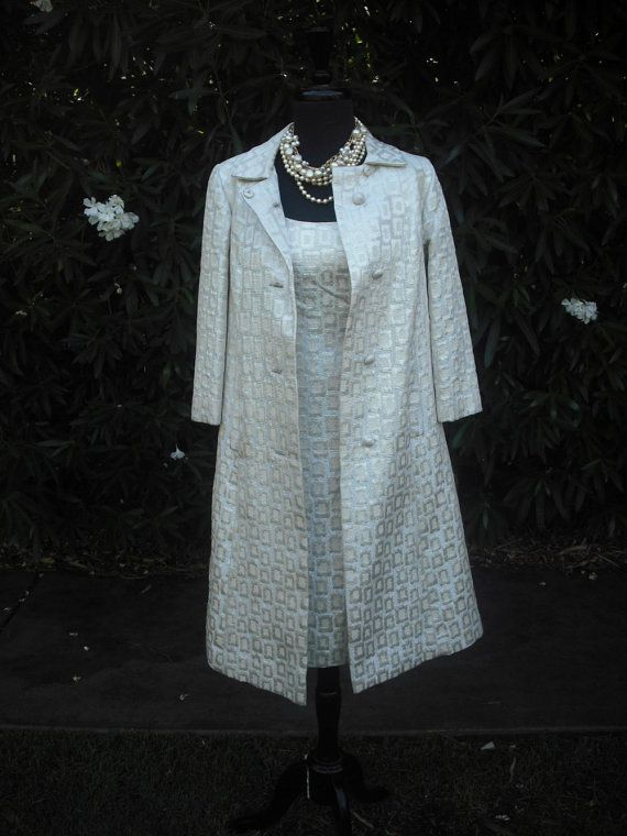 Dress With Matching Coat Photo Album - Reikian