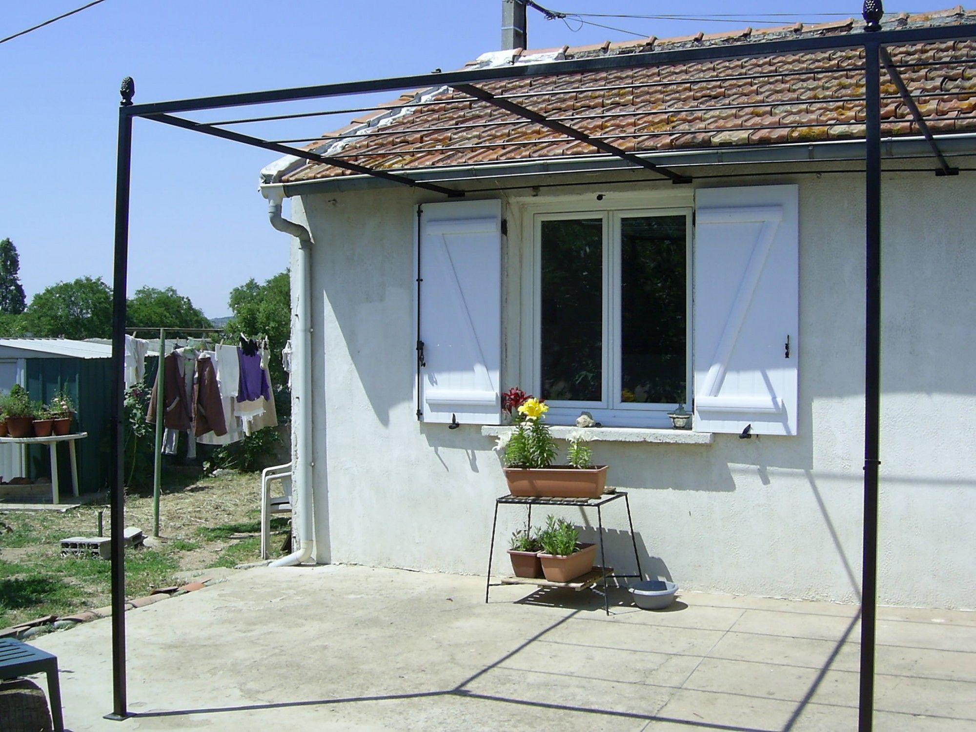Abris de terrasse vitrolles petits budgets ferronnerie - Abri de jardin en fer ...
