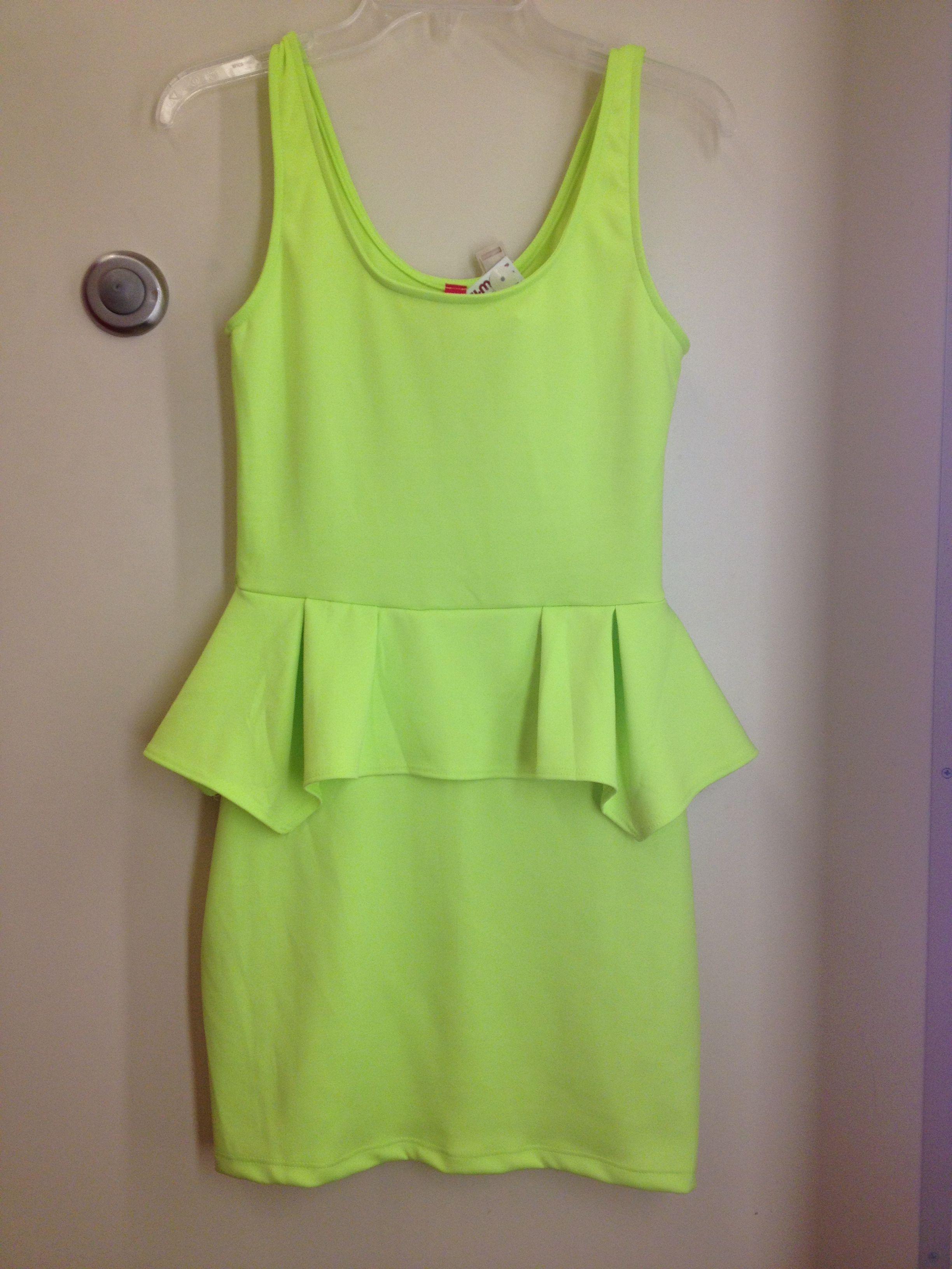 Neon dress @Mariana Deza