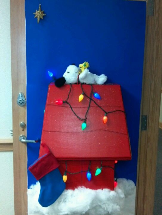 Snoopy 39 s christmas my door for decorated door contest at for Decorating bulletin boards for work