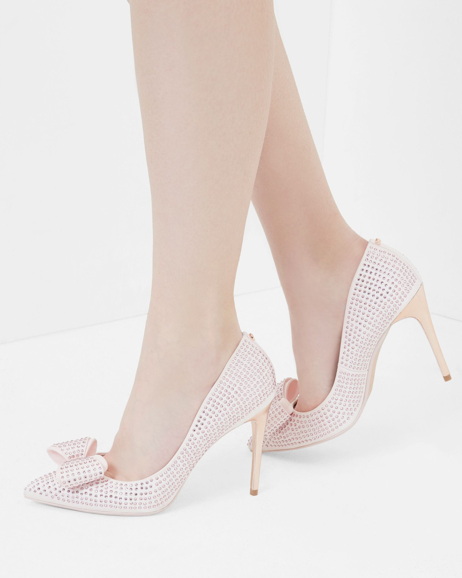 ac485684d2519 Studded bow pointed courts - Light Pink