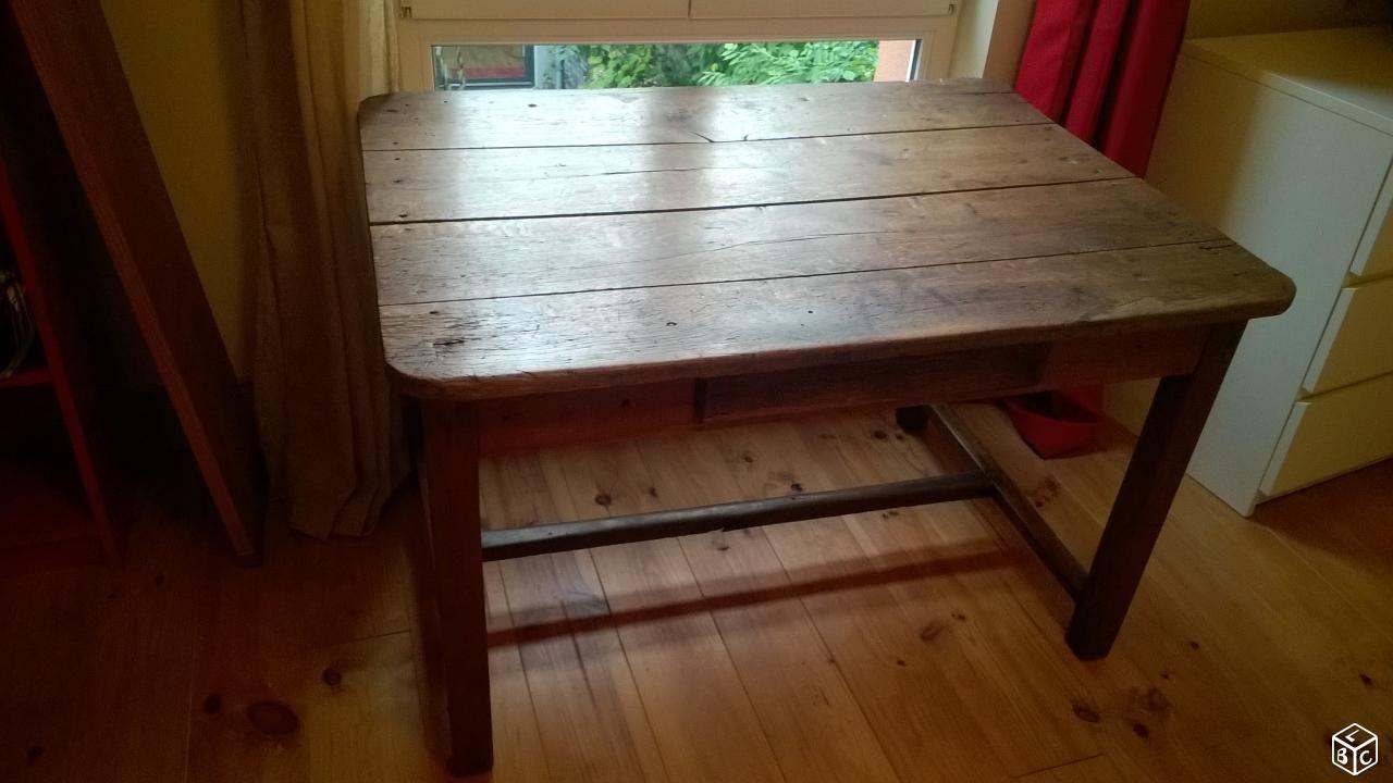 Table Ancienne En Chene Massif Ameublement Maine Et Loire Leboncoin Fr Ameublement Tables Anciennes Chene Massif
