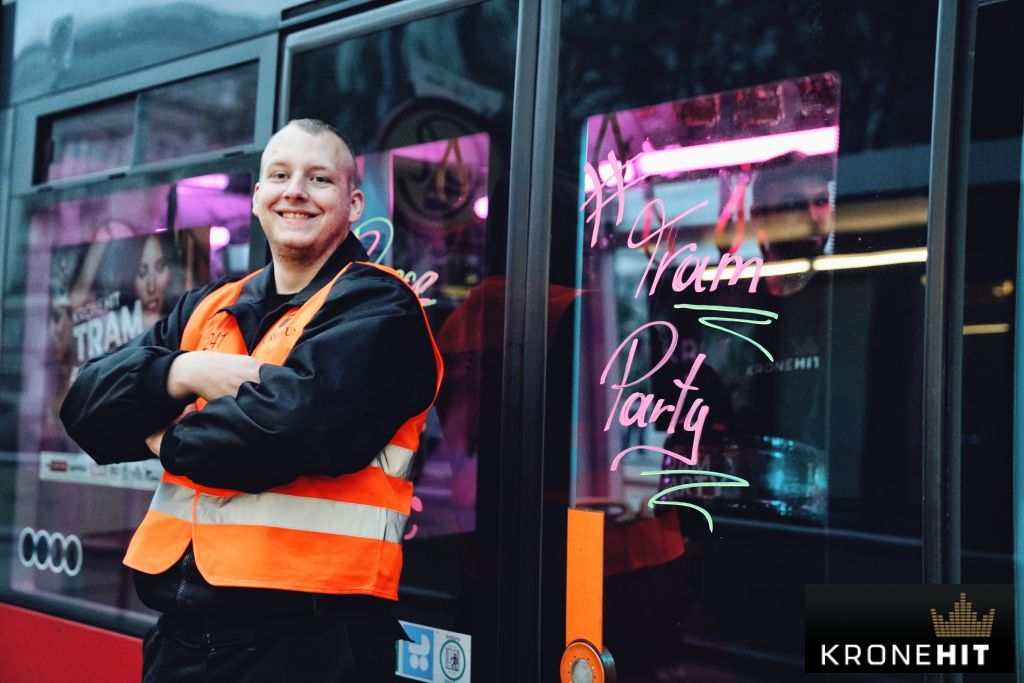 """The """"KRONEHIT Tram Party"""" took over Linz, Vienna, Graz & Innsbruck in April and May. Close by the dancefloors: #RIEDEL headsets and radios!"""