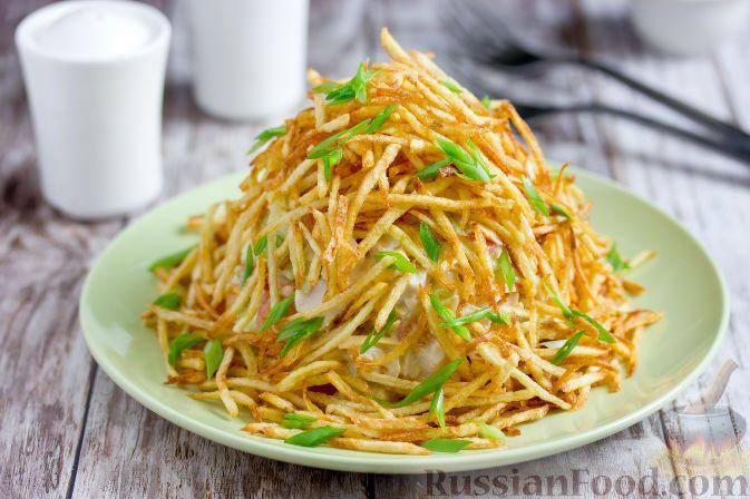 """Рецепт Салат """"Муравейник"""" с курицей и картофельной ..."""